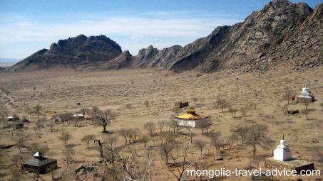 mongolia photos gobi desert temples