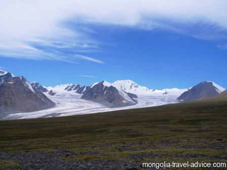 mongolia trekking: the Altai mountains