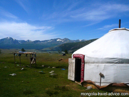 Mongolia pictures: Mongolian ger